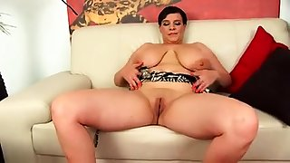 Solo 2 grown up Bbw Relating to Chunky