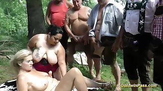 Lederhosen Gangbang in nature - mature german liberitnes