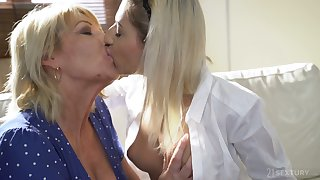 Old lesbian teacher enjoys eating fresh pussy of sexy student Sarah Cute